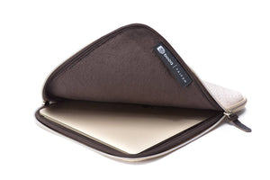 Booq Laptop sleeve for 15-inch Macbook Pro