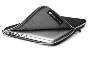 Taipan pacesuit 15-inch Macbook Pro Sleeve