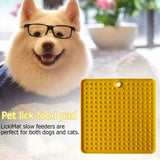 LICK MAT FOR SOOTHING CALM ANXIOUS DOGS