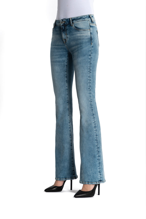 Laura - Flare Jeans - Light Blue