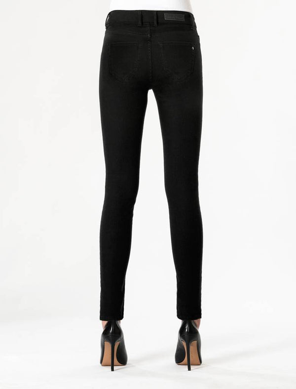 Sylvia Stay Black Super Skinny Jeans