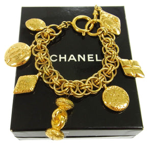 Gold-tone Vintage Chanel CC Chain Bracelet, Chanel Jewel Celebrities