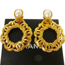 Gold-tone Chanel vintage CC earrings