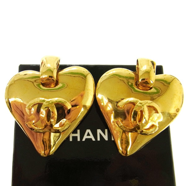 Authentic CHANEL Vintage CC Logos Earrings Gold-Tone Heart Motif
