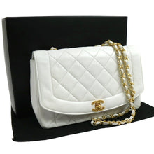 Chanel vintage CC Chain White Leather Shoulder bag