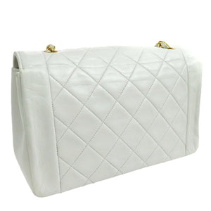 Chanel vintage CC Chain White Leather Shoulder bag on etsy