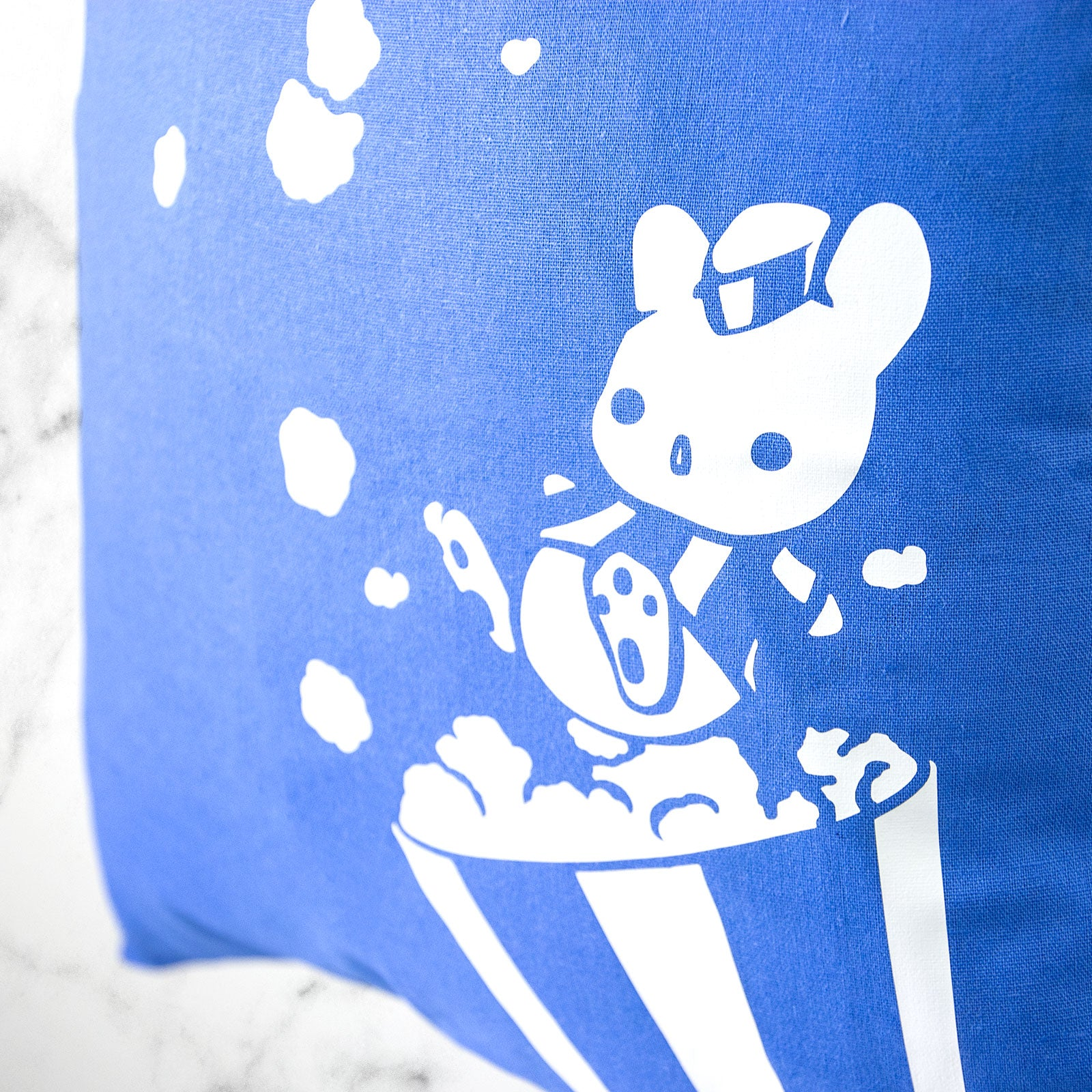 Popcorn vendor bunny tote bag - MadModesty