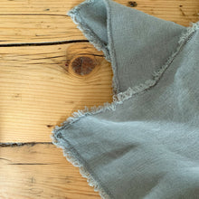 Laden Sie das Bild in den Galerie-Viewer, Serviette 'Washed Linen' | Olive