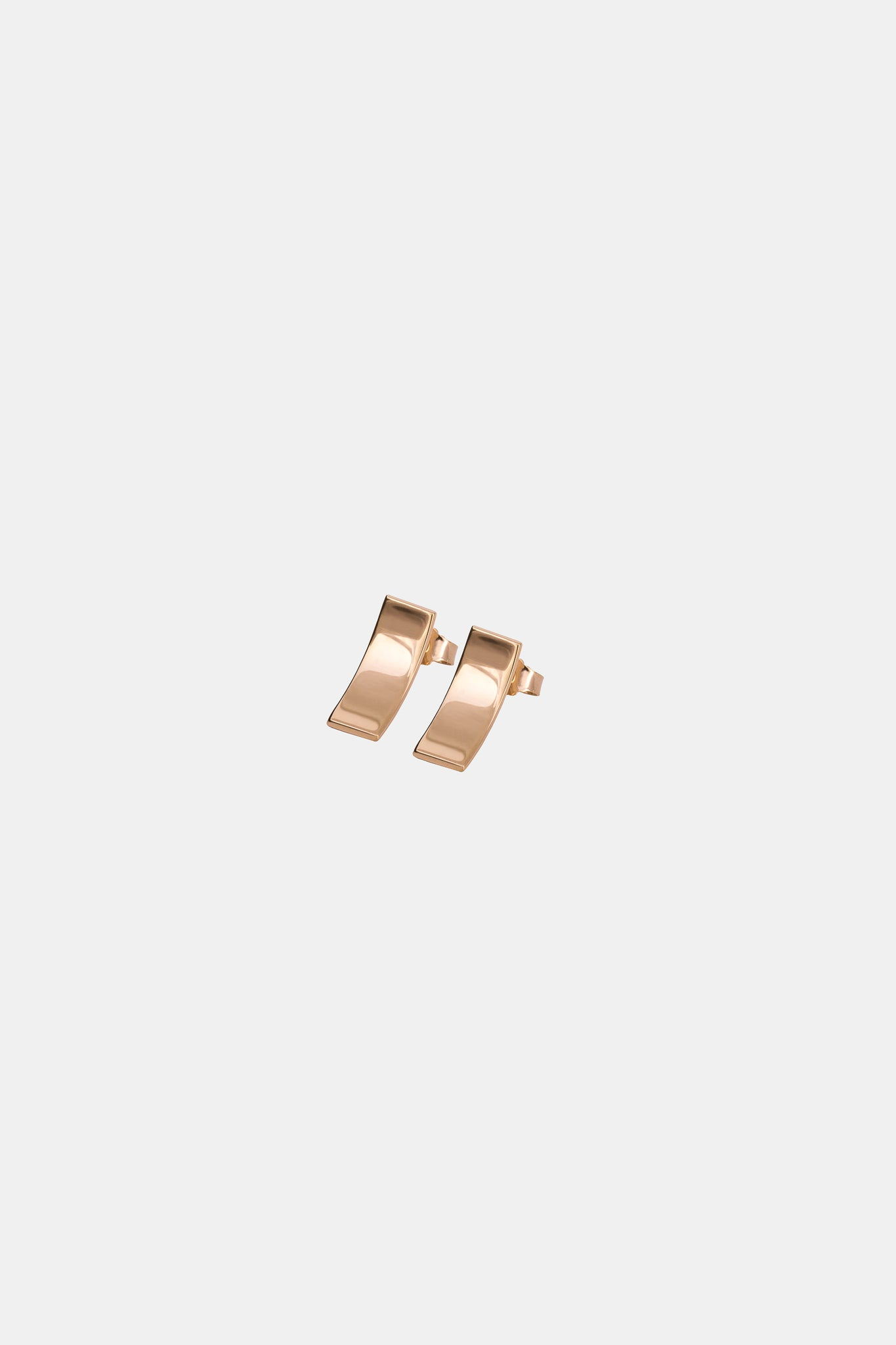 Yellow gold plated minimalistic earrings made in Germany