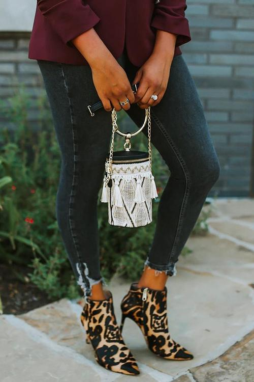 Metal Ring Tassel Chain Straw Handbag