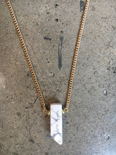 Load image into Gallery viewer, Howlite Stone Pendent Gold Necklace