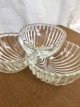 Load image into Gallery viewer, Ribbed Glass Clover Dish
