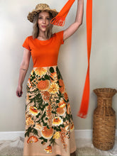 Load image into Gallery viewer, 70s Alfred Shaheen California Hawaii Dress