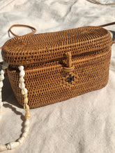 Load image into Gallery viewer, Handwoven Atta Basket Bag