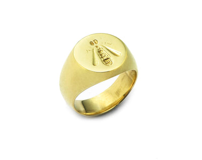 French Bee Signet Ring in 18kt Gold