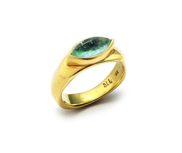 Paraiba Tourmaline set in 18kt Gold Diana Band