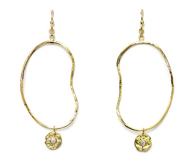 "Diamond ""Seaquin"" Oyster Earrings in 18kt Gold"