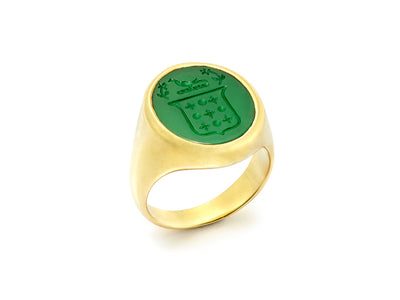 The Green Onyx Signet Ring in 18kt Gold