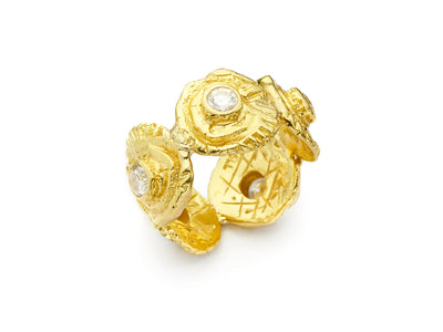 The Minou Ring set with Diamonds in 18kt Gold