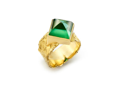 Sugarloaf Cut Green Tourmaline set in 18kt Gold Seascape Wrap Band