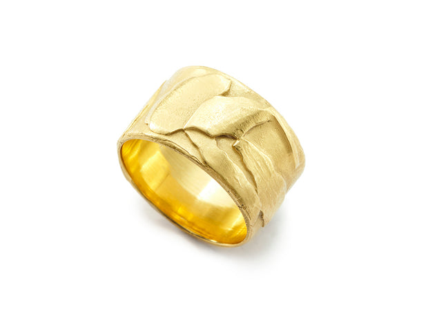 Tuscany Wide Band Ring in 18kt Gold