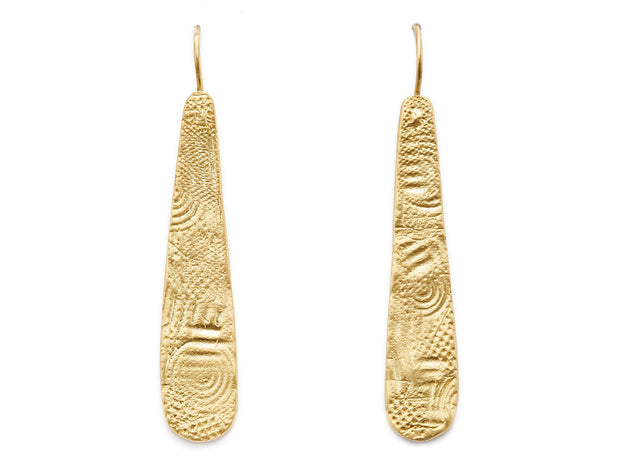 Textured Seascape Drops in 18kt Gold