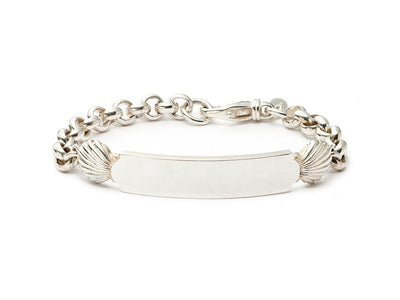 Quarterboard TM Bracelet with Scallop Shells in Sterling Silver