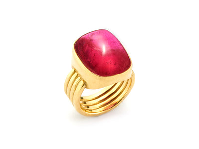 Ravishing 20ct Rubellite set in 18kt Gold