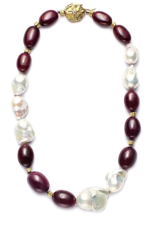 Tahitian Pearls and Ruby with 18kt Gold Beads and 18kt and Diamond Clasp