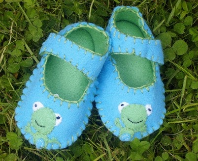 Frog Baby Shoes, Boys, Girls Baby Gift
