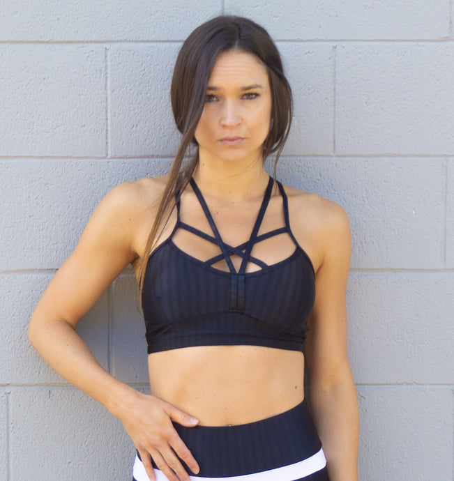 GLOSSY BLACK SPORTS BRA