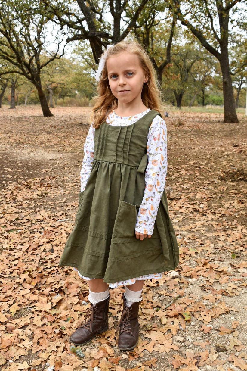 Prairie Girl Pinafore Green size 2t & 10/12