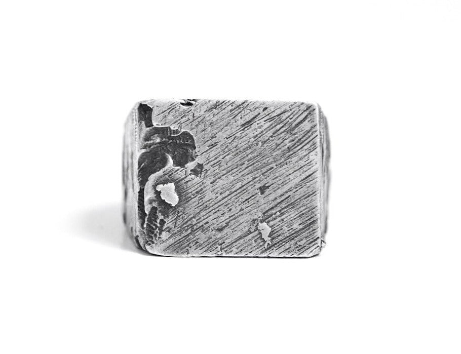 SQ CANNIBAL SIGNET RING - OSS