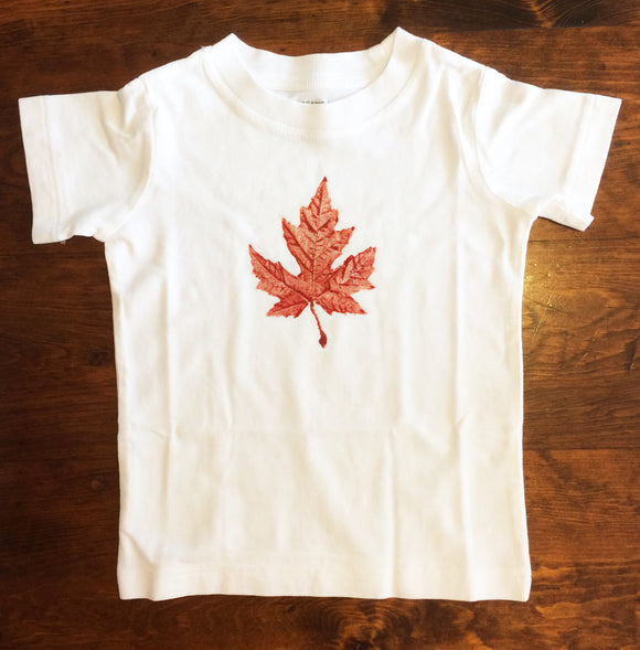 Maple leaf print T shirt