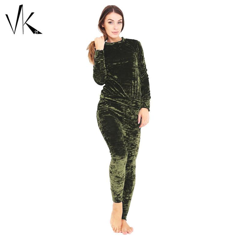 2 Piece Velvet Jumpsuit Women Two Piece Outfits 2016 Winter Jumpsuit Romper Long Sleeve Sweatshirt Top Pants Set Suits Bodysuit