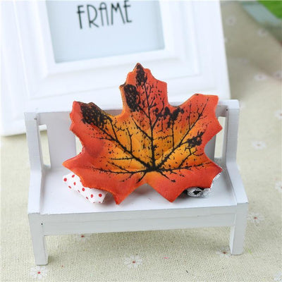 100Pcs Artificial Silk Maple Leaves for Home Wedding Party Decoration Scrapbooking Craft Photo Prop