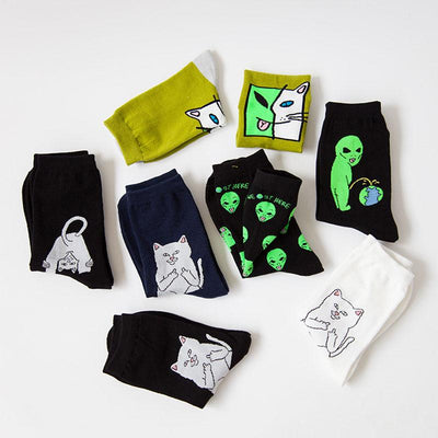 1 Pair Autumn Winter Women Cotton Socks Art Funny Alien Planet Creative Funny Cartoon Cat Breathable Socks - Dailytechstudios