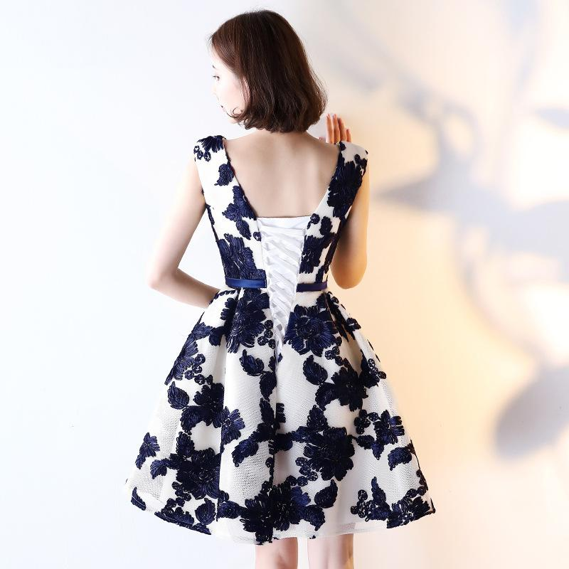 It's YiiYa 2017 New Real Picture Sleeveless V-Neck Cocktail Dresses Flower Pattern Bow Embroidery Vintage Elegant X022
