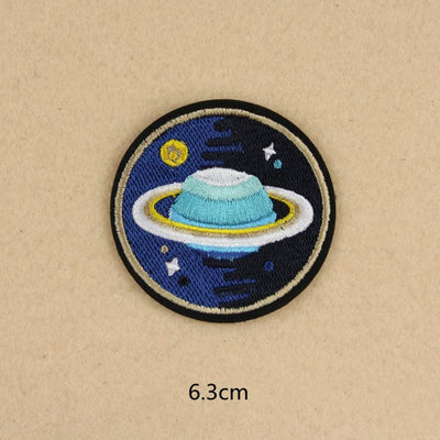 1 PCS UFO Alien parches Embroidered Iron on Patches for Clothing DIY Astronaut Stripes Universe Sewing Space Ship Planet Clothes - Dailytechstudios