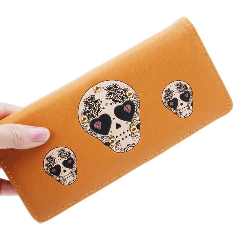 2017 fashion brand wallets for women creative rivet skull pattern wallet womens luxury brand purses carteira female card holder