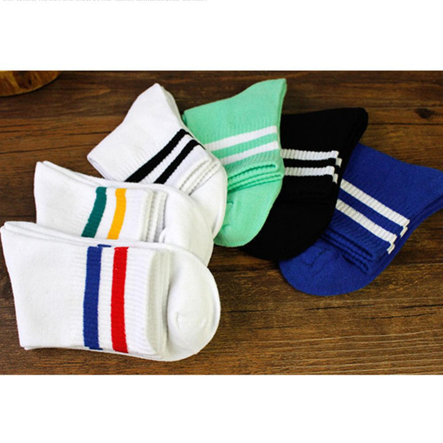 2017 Fashion Style 6 Color Two Bar Classic Stripes Lovers Socks School Wind Retro Leisure Socks for People in Various Age