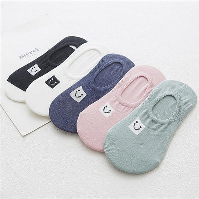 1 Pair 2017 spring and summer new female socks cotton cartoon smile face shallow stealth socks ladies socks - Dailytechstudios