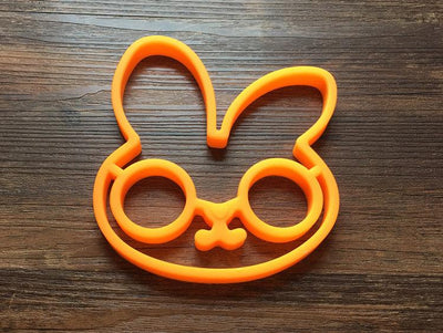 1 pcs Reusable Silicone Egg Makes smile face owl Skull head rabbit shaped pancakes eggs kitchen tools - Dailytechstudios