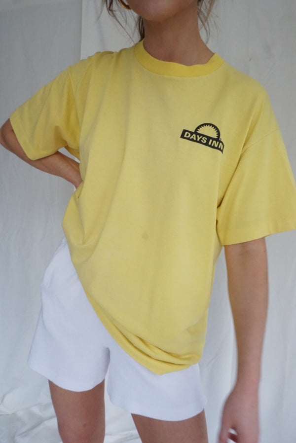 XL 80's/90's Days Inn Tee