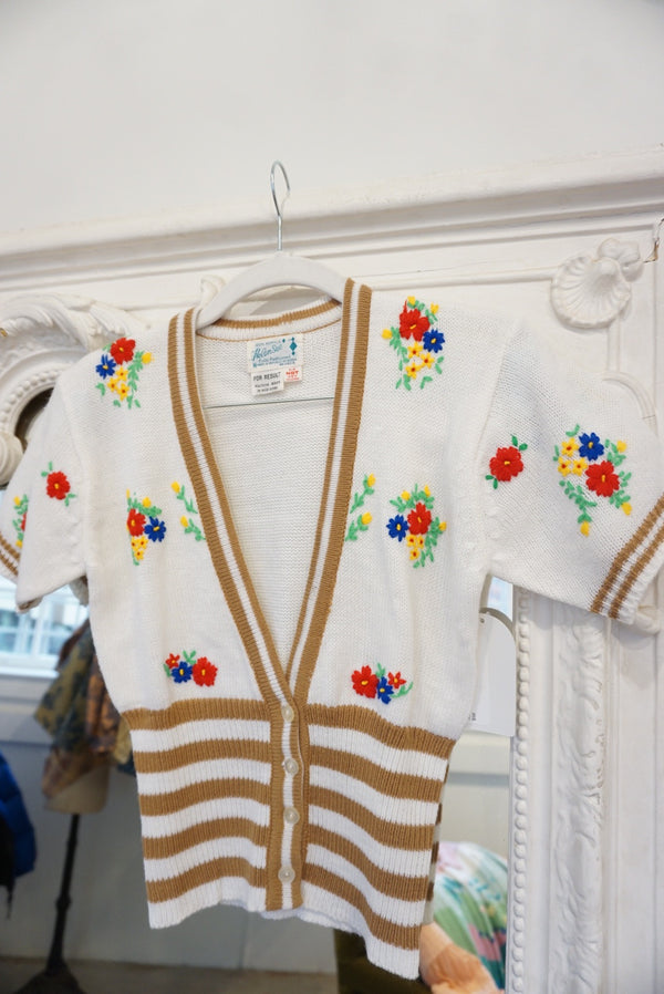 Extra Small 60's Short Sleeve Cardi w/ Embroidery