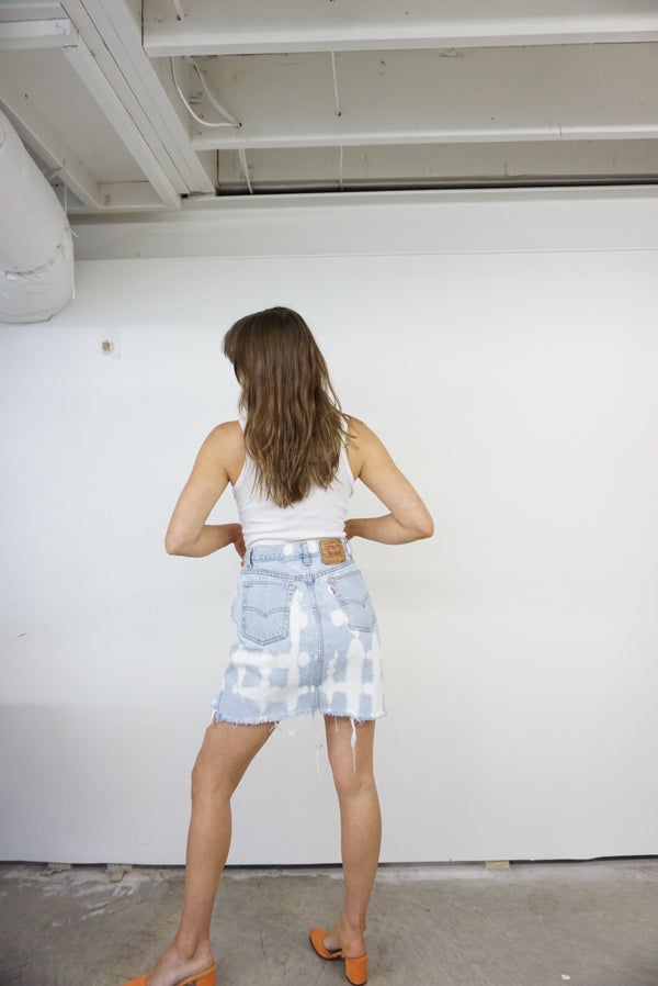 28/29 High Waist Hand Bleached Gingham Levi's Skirt