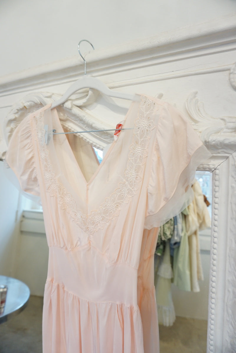 Small 50's Rayon Nightie Pale Pink