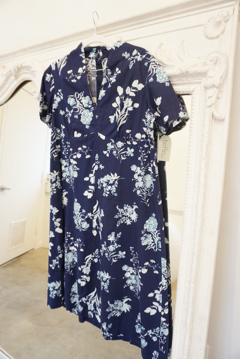 Large/Extra Large 50's Bluebell Floral Dress