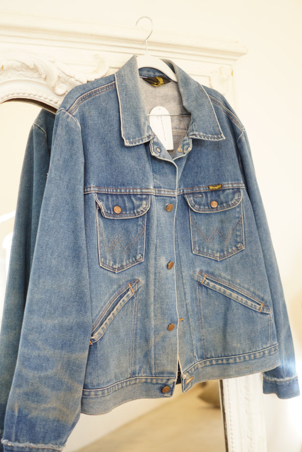 L Wrangler Mid Wash Denim Jacket