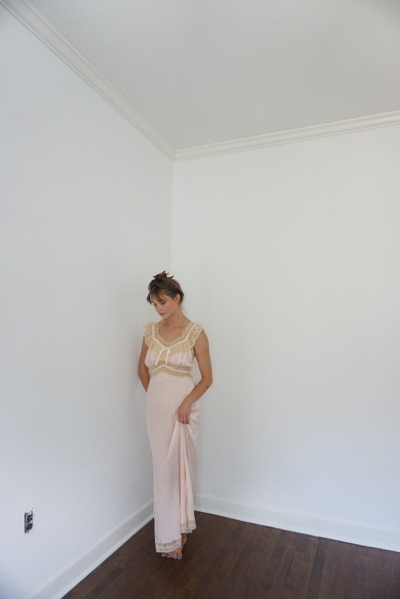 Small/Med Baby Pink & Lace Rayon Slip Dress